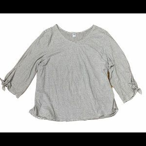 3/$30 Old navy stripped shirt with 3/4 sleeves
